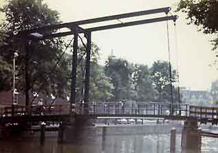 Simple Amsterdam Draw Bridge.